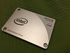 SSD 120GB Intel pro 2500 series (новый) ssdsc2BF12