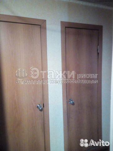 Продается четырехкомнатная квартира за 2 850 000 рублей. Нижневартовск, Ханты-Мансийский автономный округ, проспект Победы, 7.