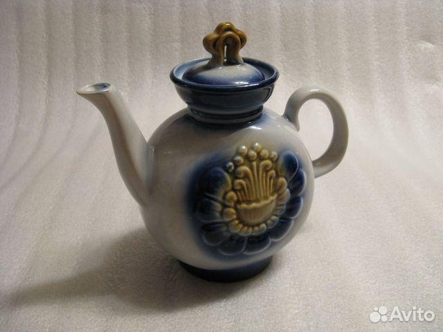Большой керамический чайник