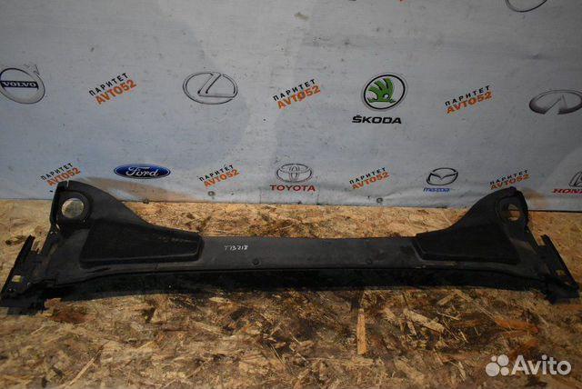 89307139175  Жабо накладка Ford Focus 3 поколение ecoboost 2011