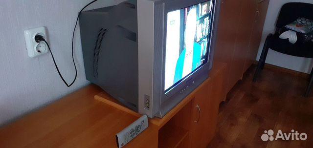 Телевизор все работает,родной пульт  89125372552 купить 2