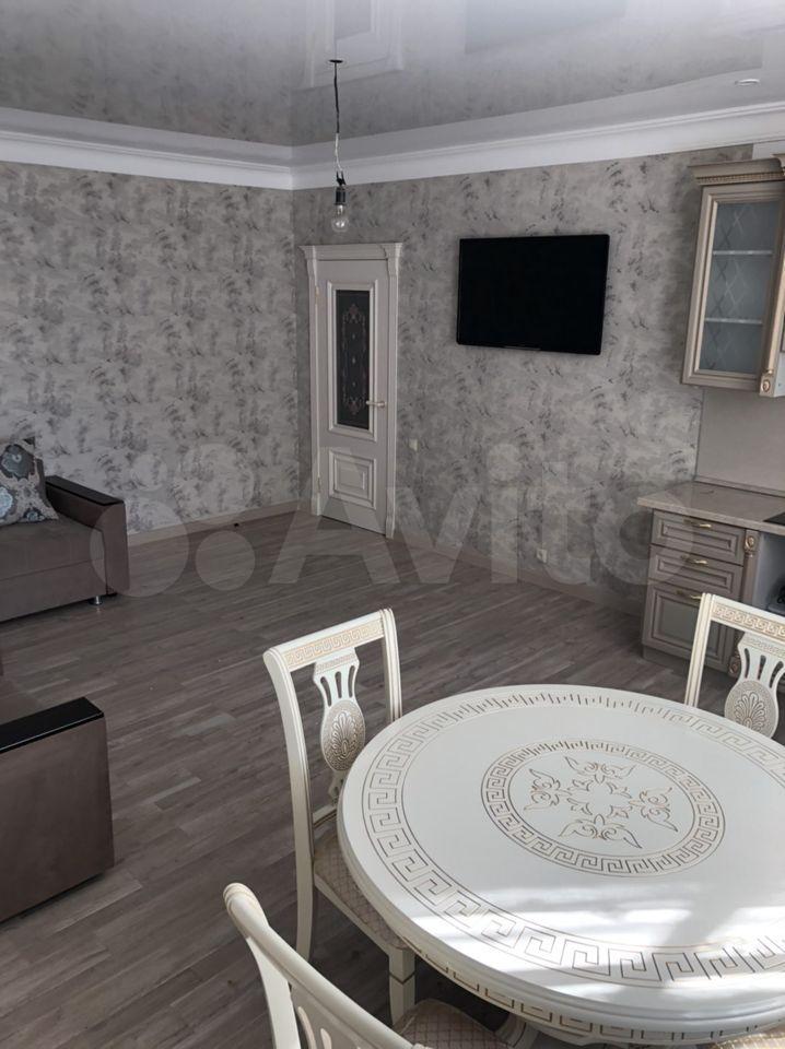 Квартира-студия, 54 м², 2/5 эт.