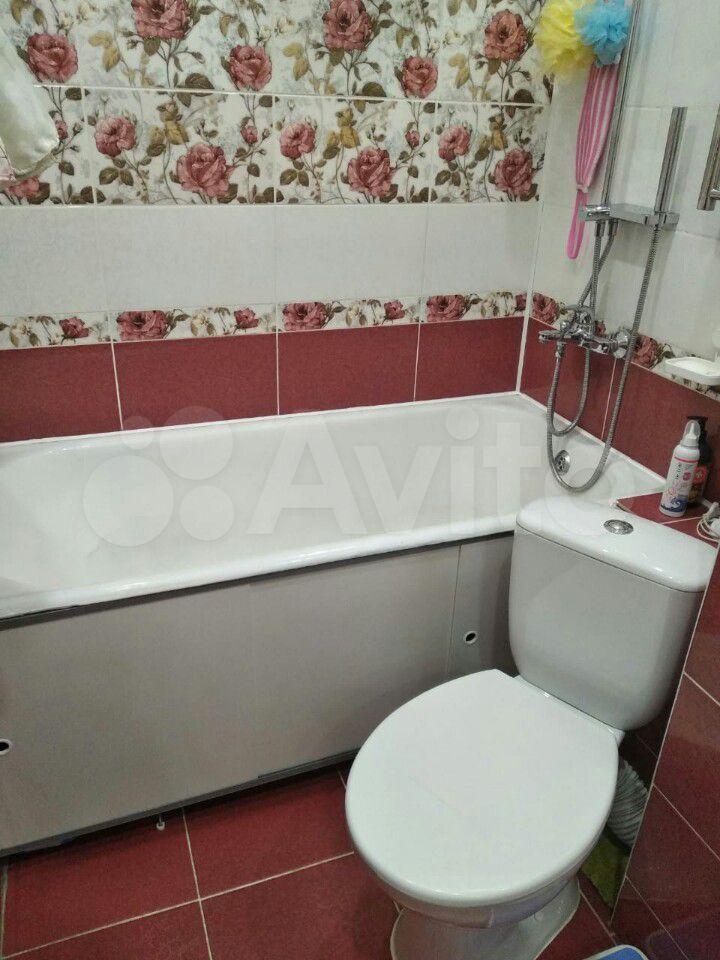 2-room apartment, 45 m2, 2/5 floor.  89016452332 buy 4
