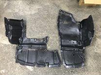 Защита двигателя левая правая Toyota Avensis T25